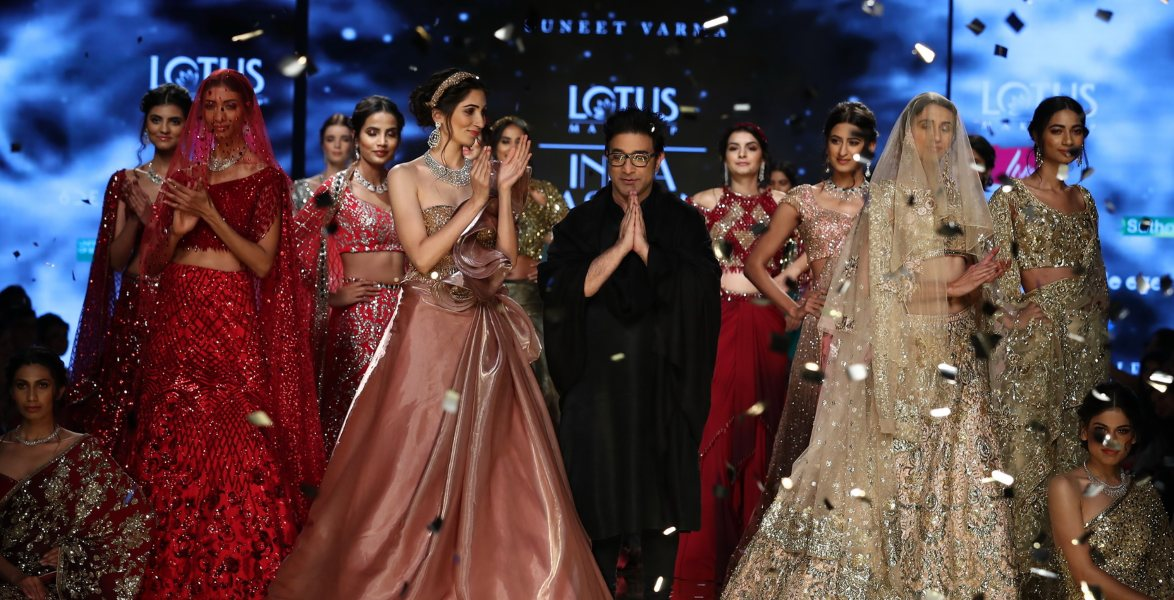 Suneet Varma Frills Give Me Thrills The Voice Of Fashion